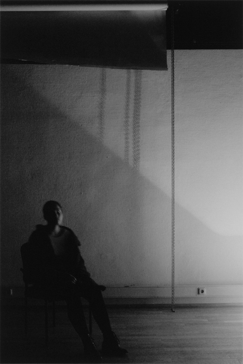 Akosua Viktoria Adu-Sanyah | 35 Minutes of reciprocity | 2013 | Analoge Fotografie, Handabzug Baryt | © beim Fotografen