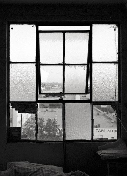 Katarina Ivanisevic | Los Angeles IV | Serie: Fenster – Ausblicke, Einblicke, Durchblicke 2009/10 | © beim Fotografen