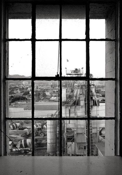 Katarina Ivanisevic | Los Angeles V | Serie: Fenster – Ausblicke, Einblicke, Durchblicke 2009/10 | © beim Fotografen