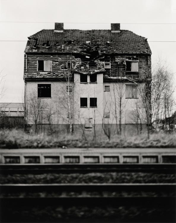 Preisträger 2014: Christian Retschlag | Ruin Porn | 2014 | Silbergelatine | © beim Fotografen