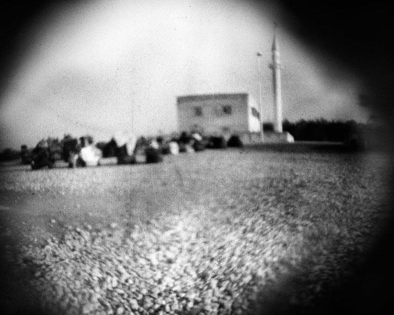 Sonderpreis 2011: Stefanie Schroeder | Serie: Irak Rotation | Übungsdorf Moschee | © beim Fotografen
